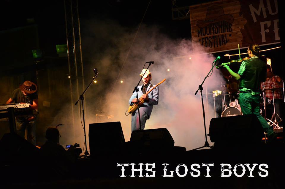 The Lost Boys_11