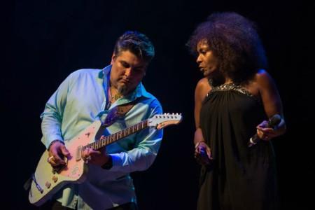 """Wspaniały bluesowy wieczór z """"królową Bale Street"""" i świetnym gitarzystą"""